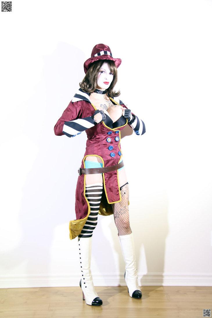 ariane saint amour cosplay www.funnyjunk.com/funny_pictures/4162119/Ariane-Saint-Amour+